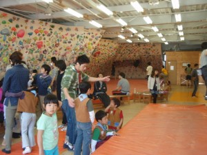 bouldering-navi-gym-WEST-ROCK