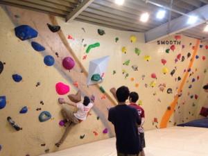 bouldering-navi-gym-sunny-rock-fuji2