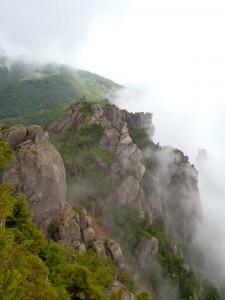 ボルダリングスポットとして有名な山梨県北杜市の『瑞牆山(みずがきやま)』に登ってきた!